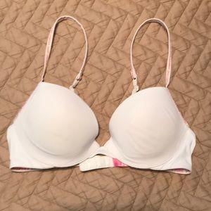 VS Pink push up bra